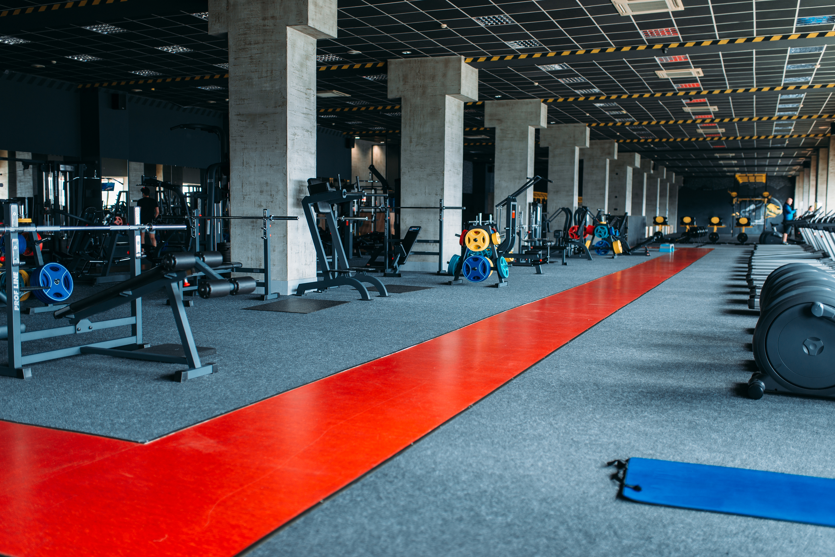 Commercial cleaning services for fitness centers