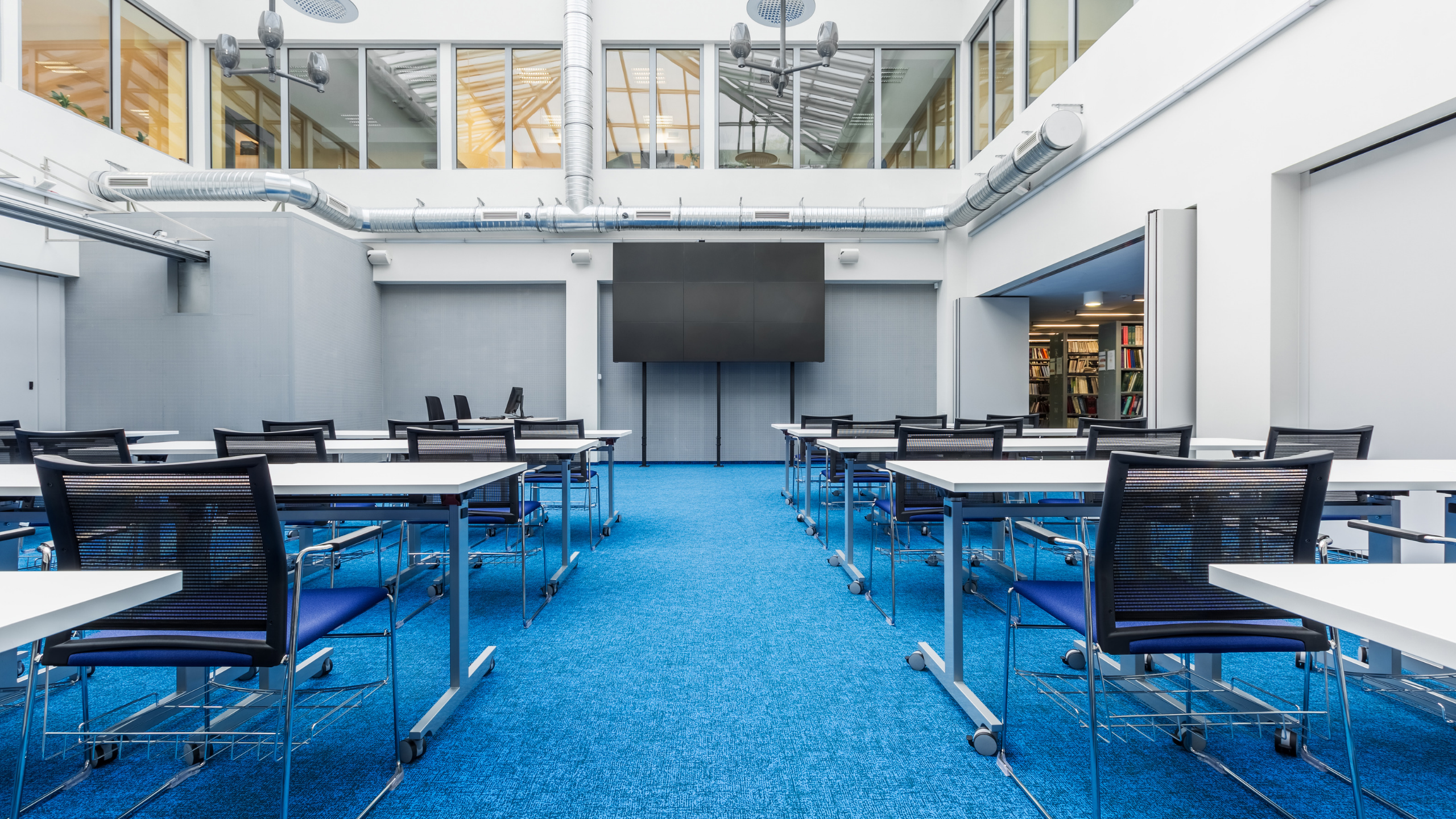 schools and education and universities commercial cleaning services